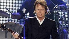 Sir Paul McCartney si popularitu drží, oslaví 70 let